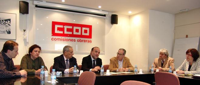 FACUA y CCOO firman un convenio de colaboración