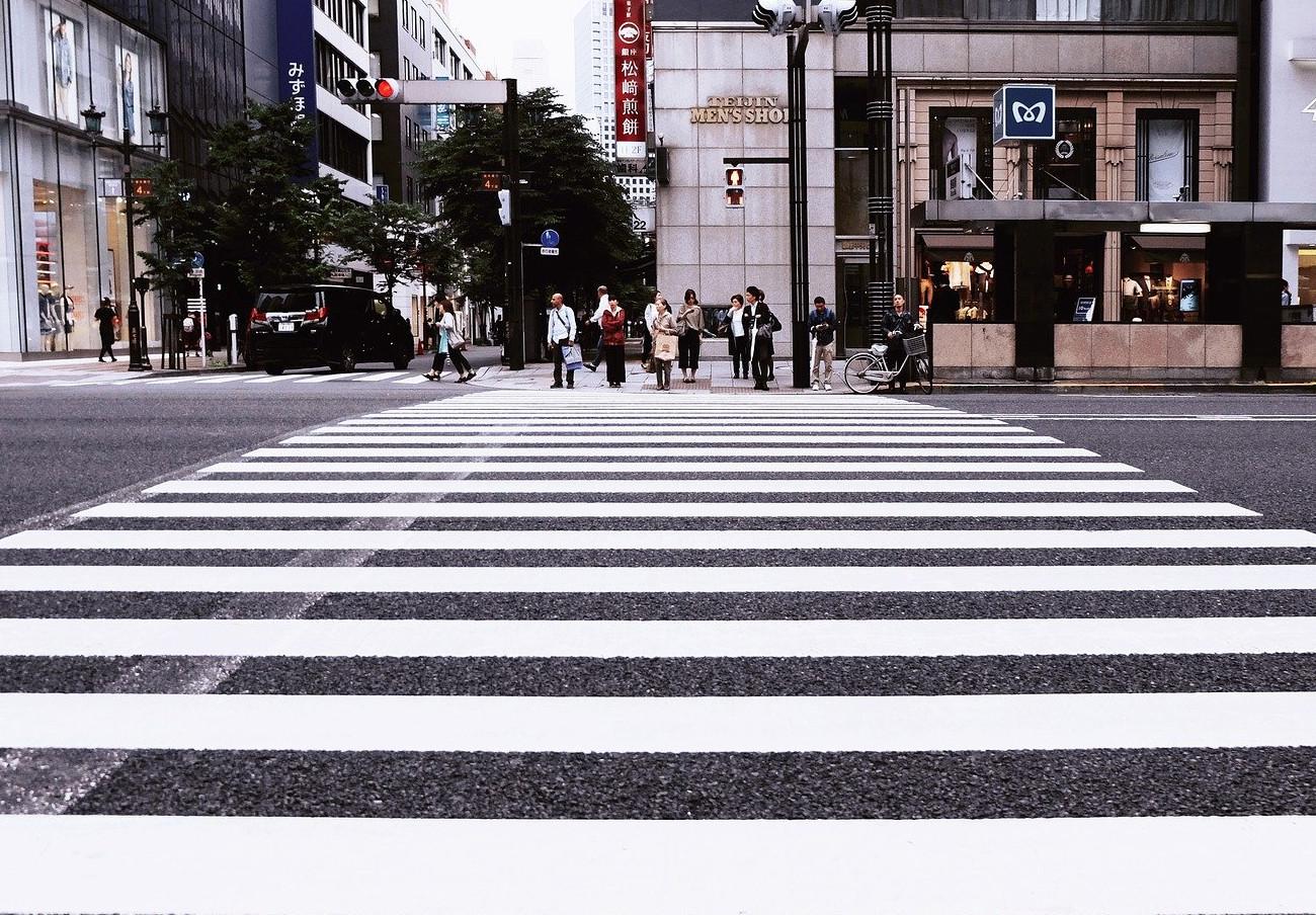 FACUA insta al Gobierno navarro a garantizar la seguridad de los peatones en el centro comercial Galaria