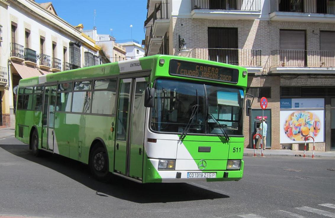 Los consumidores rechazan contundentemente la subida de tarifas del autobús urbano de Córdoba
