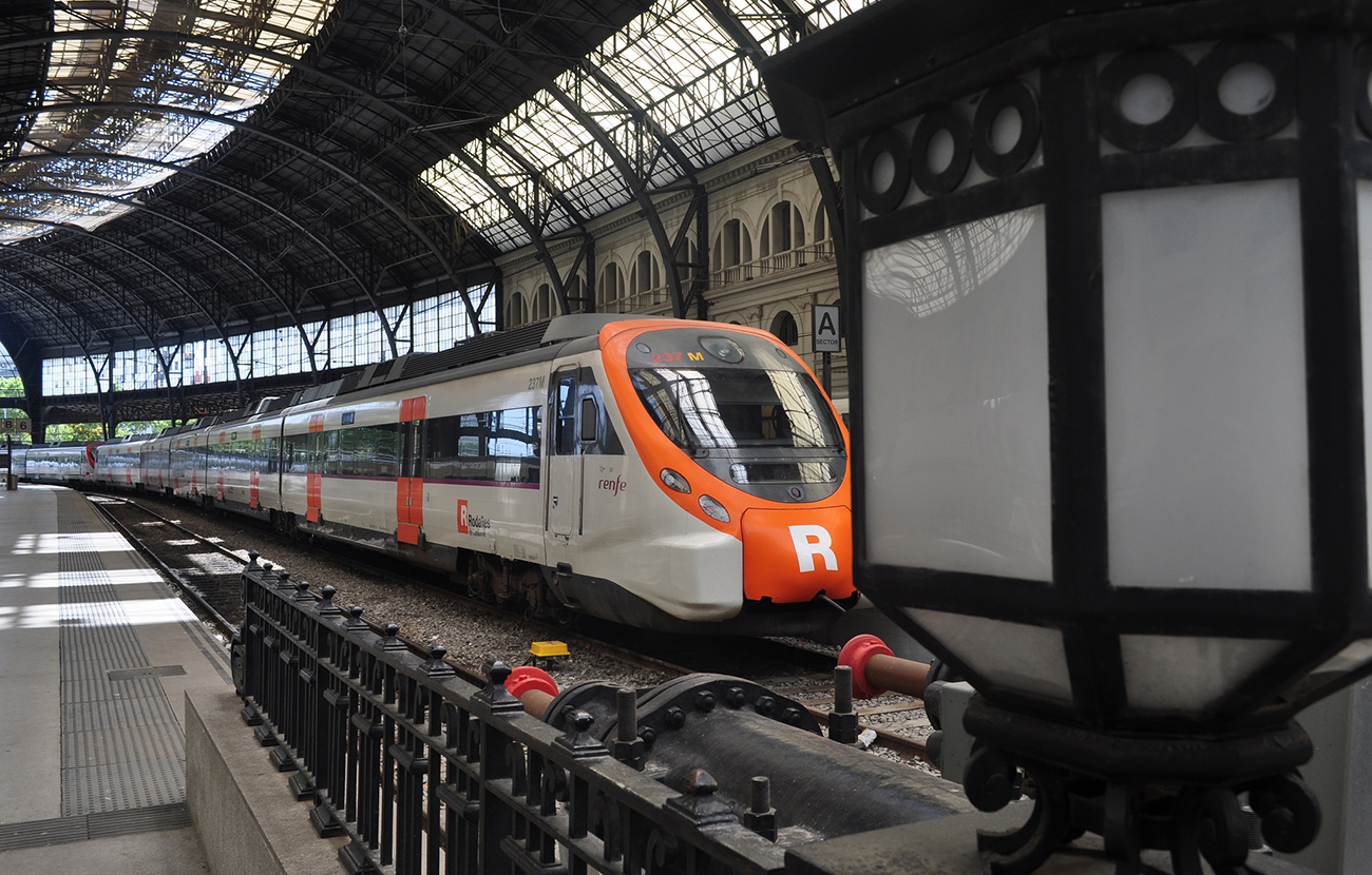 FACUA Catalunya recuerda que los afectados por cortes de Rodalies y Metro tienen derecho a compensaciones