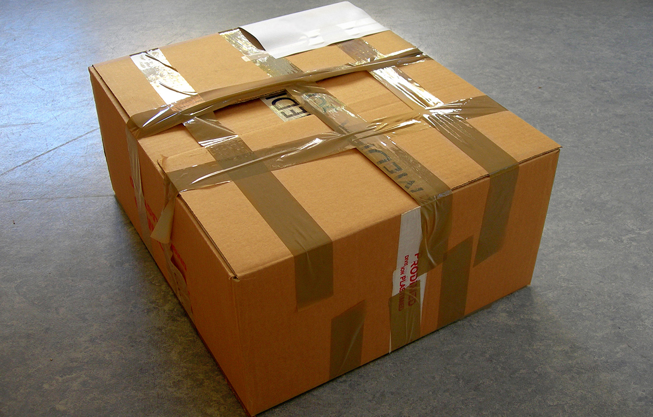 Una empresa de envío de paquetería a Ecuador cierra y deja a más de cinco mil personas sin sus envíos