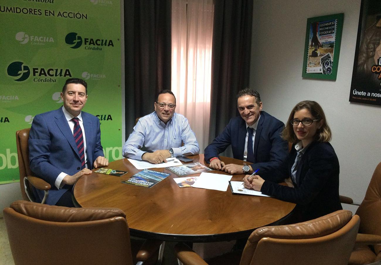 FACUA Córdoba se reúne con Hostecor y Apetece para fortalecer sus relaciones