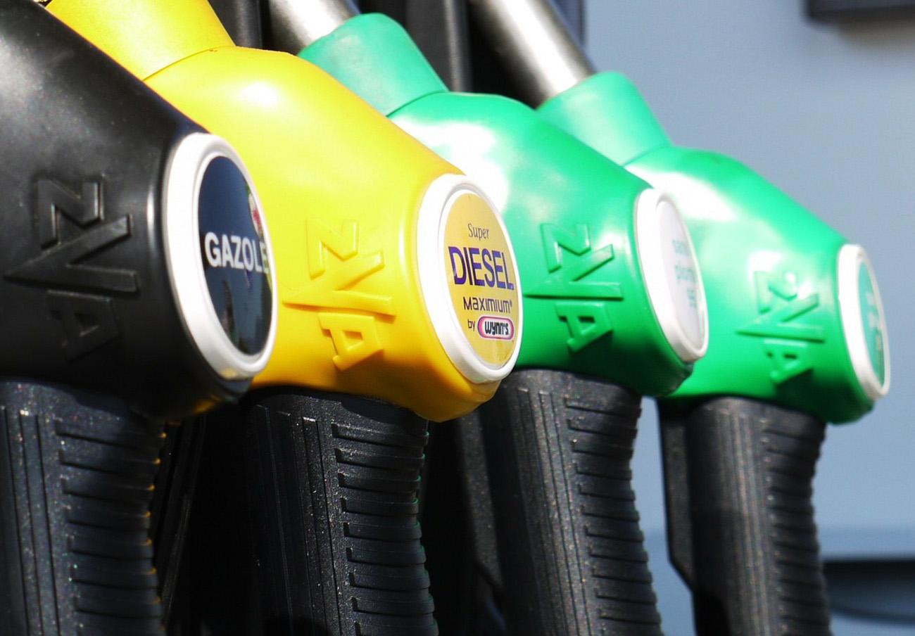 FACUA pide multas más altas tras la prohibición de gasolineras desatendidas en Extremadura