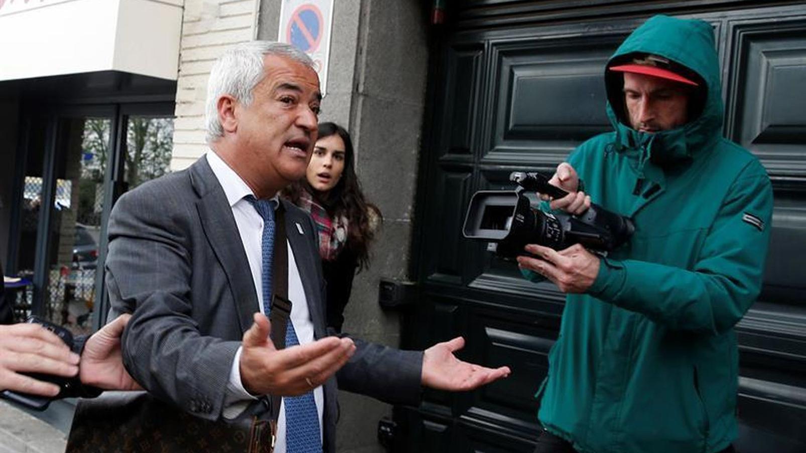 Ayuntamientos españoles mantienen a Ausbanc en sus registros de asociaciones de consumidores
