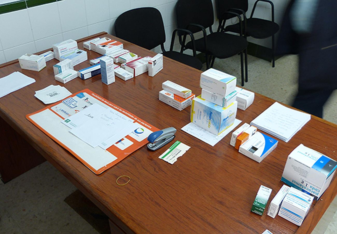 Ocho detenidos tras clausurar un consultorio médico ilegal en Jerez que cargaba medicamentos a fallecidos