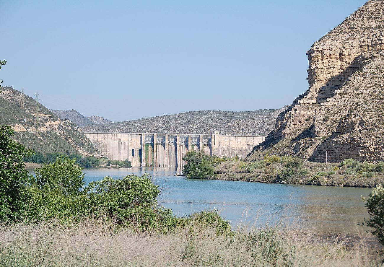 El Parlamento de Aragón aprueba una resolución para la recuperación de la gestión de las hidroeléctricas
