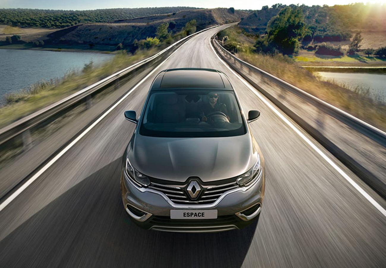 Llamada a revisión de los Renault Espace V y Talismán fabricados en Francia en los últimos seis meses