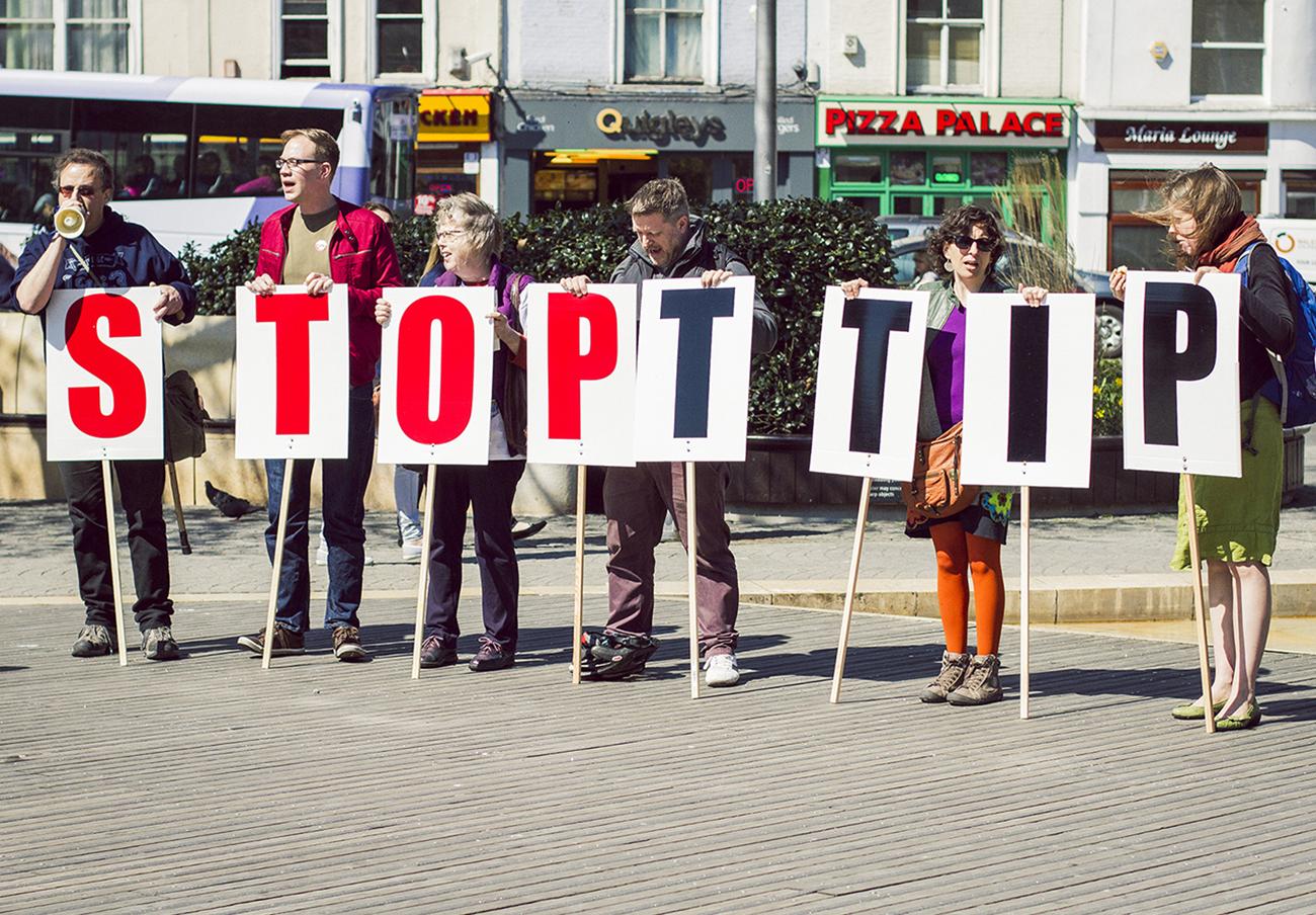FACUA llama a la ciudadanía a participar en las movilizaciones de este sábado contra TTIP y CETA