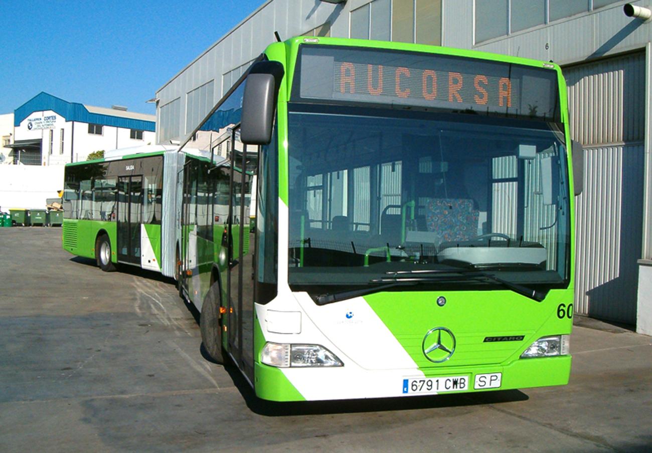 FACUA Córdoba denuncia que numerosos autobuses de Aucorsa circulan sin aire acondicionado pese al calor