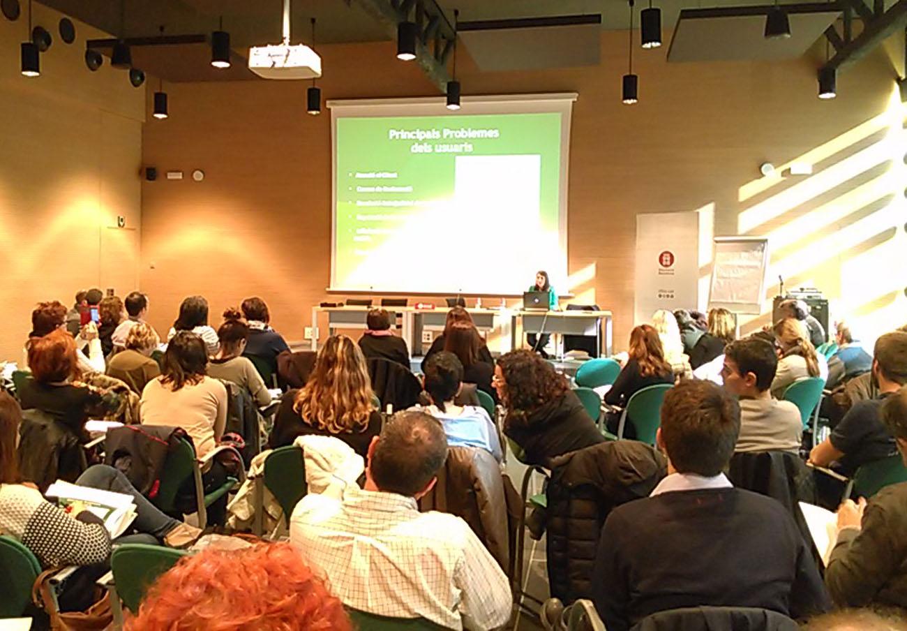 FACUA Catalunya imparte una ponencia sobre reclamaciones en el sector del comercio de electrodomésticos