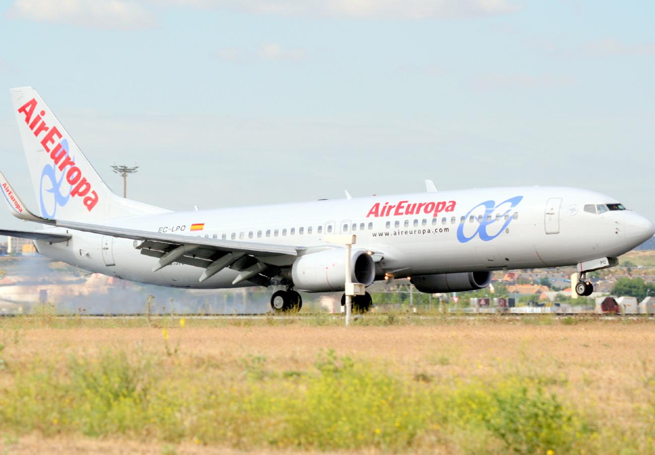FACUA logra una sentencia contra Air Europa por los da�os morales a una familia en un caso de overbooking