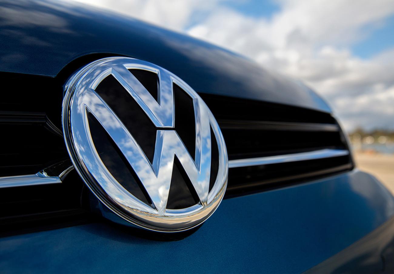 Las denuncias de FACUA llevan a la Junta de Andalucía a abrir expediente sancionador a Volkswagen