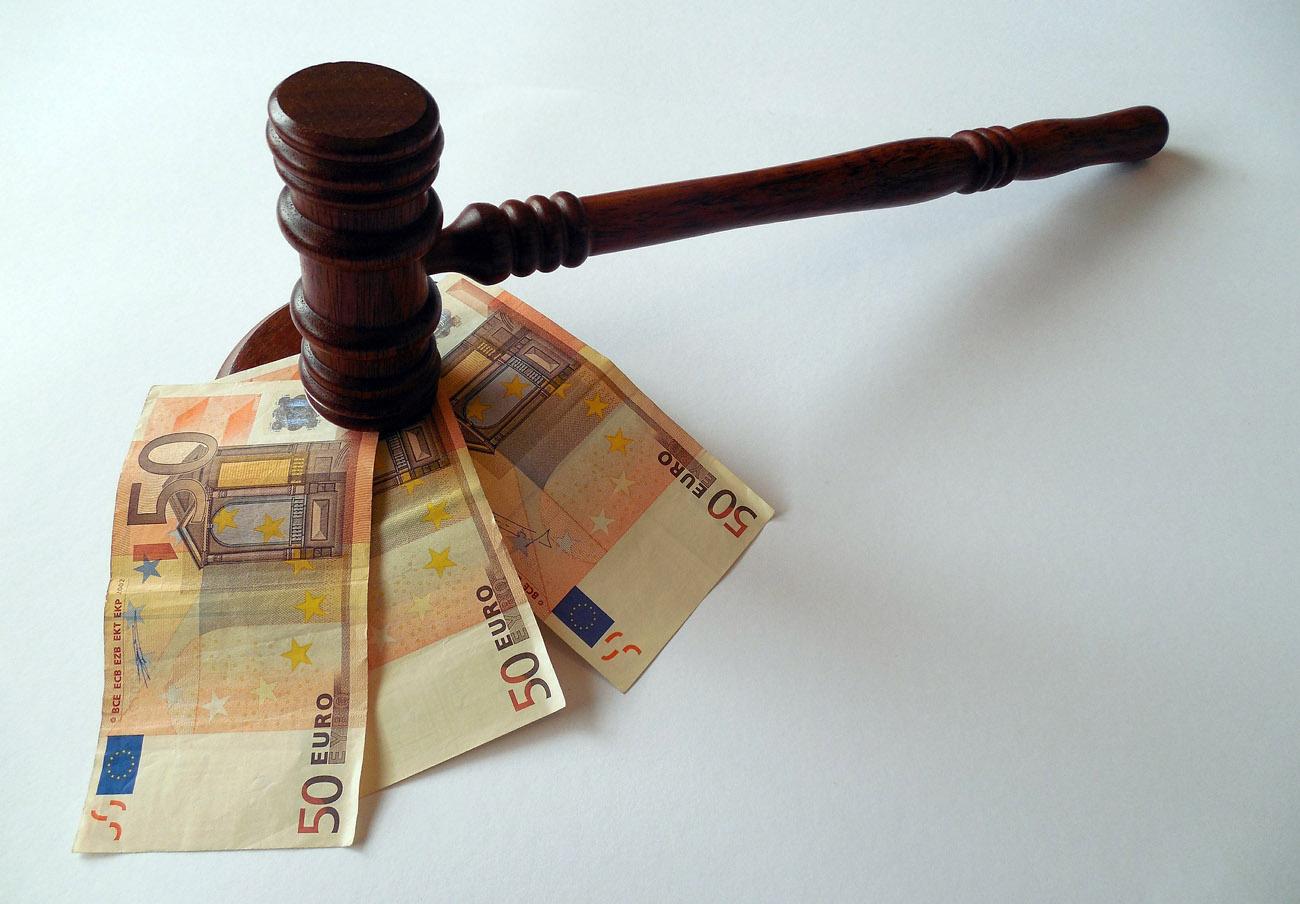El Supremo establece como criterio general que el banco condenado por cláusulas abusivas pague las costas