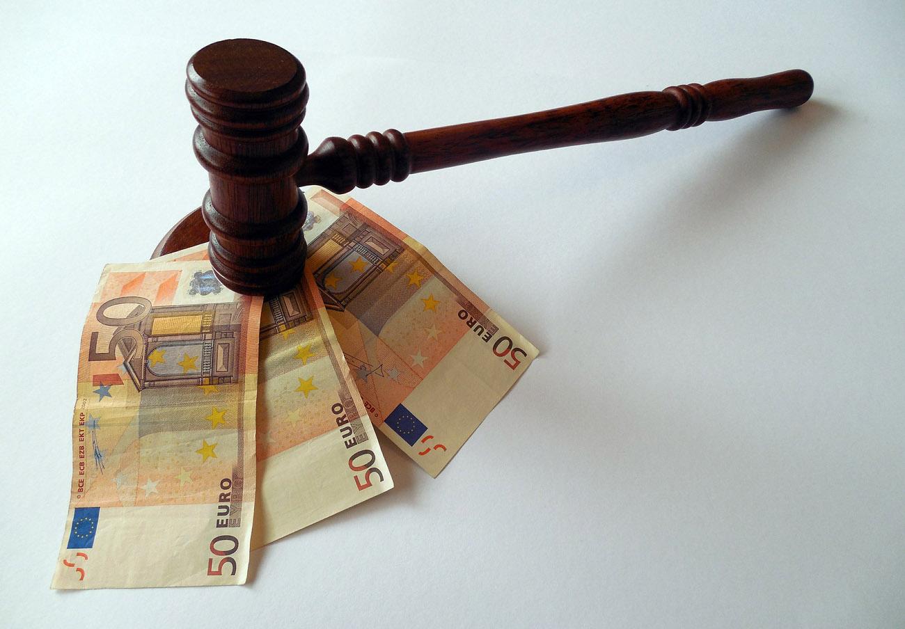 El Constitucional declara nulas las tasas judiciales a personas jurídicas impuestas por Gallardón