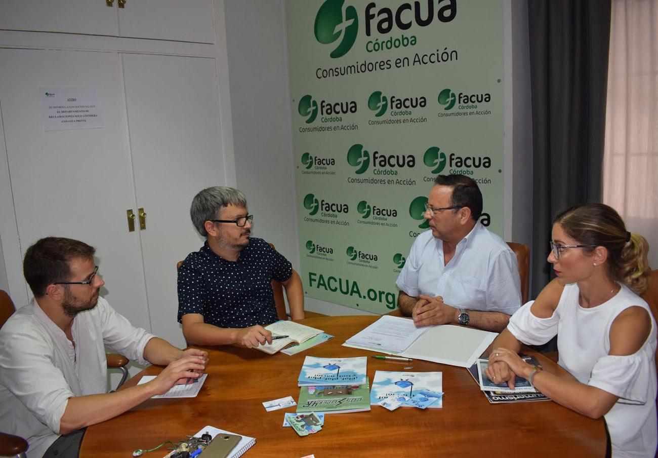 FACUA Córdoba se reúne con representantes de Ganemos en el ayuntamiento de la capital