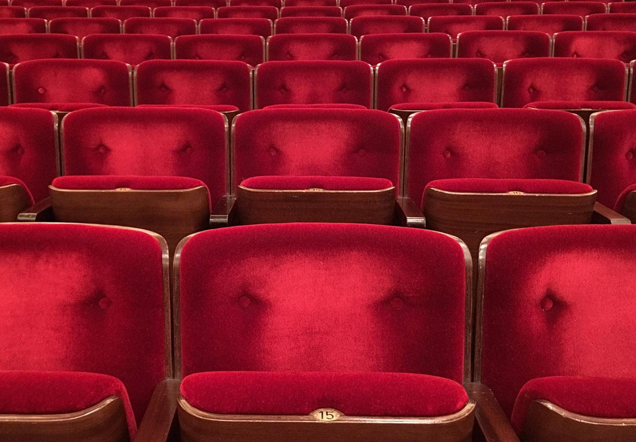 FACUA Madrid reclama la eliminación total de barreras arquitectónicas en los cines