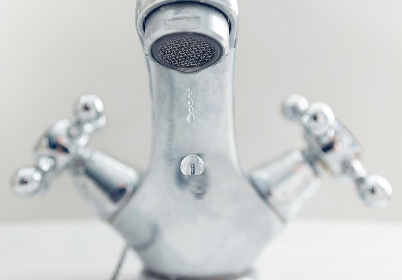 FACUA pide a la Junta que investigue a la empresa que dejó una semana sin agua a una pedanía de Granada