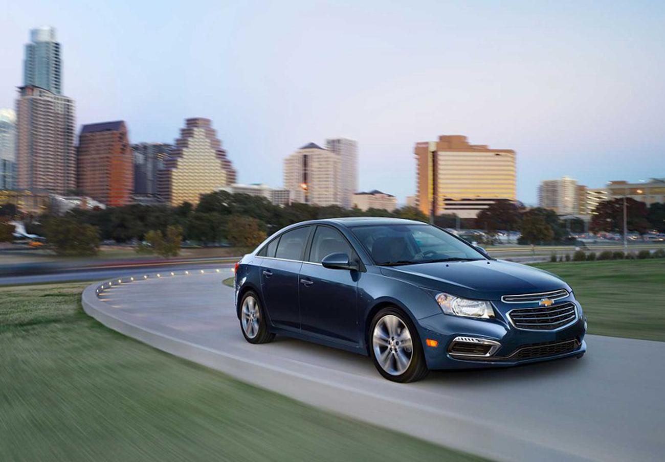 FACUA alerta de la llamada a revisión de los Chevrolet Cruze automáticos por incidencias en la conducción