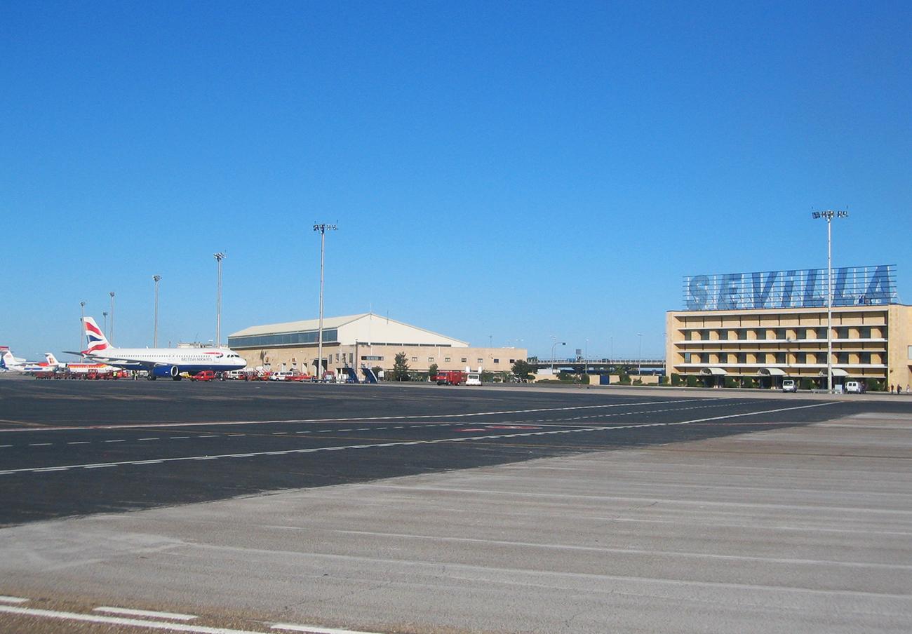CCOO denuncia que el aeropuerto de Sevilla no cuenta con las medidas contra incendios necesarias