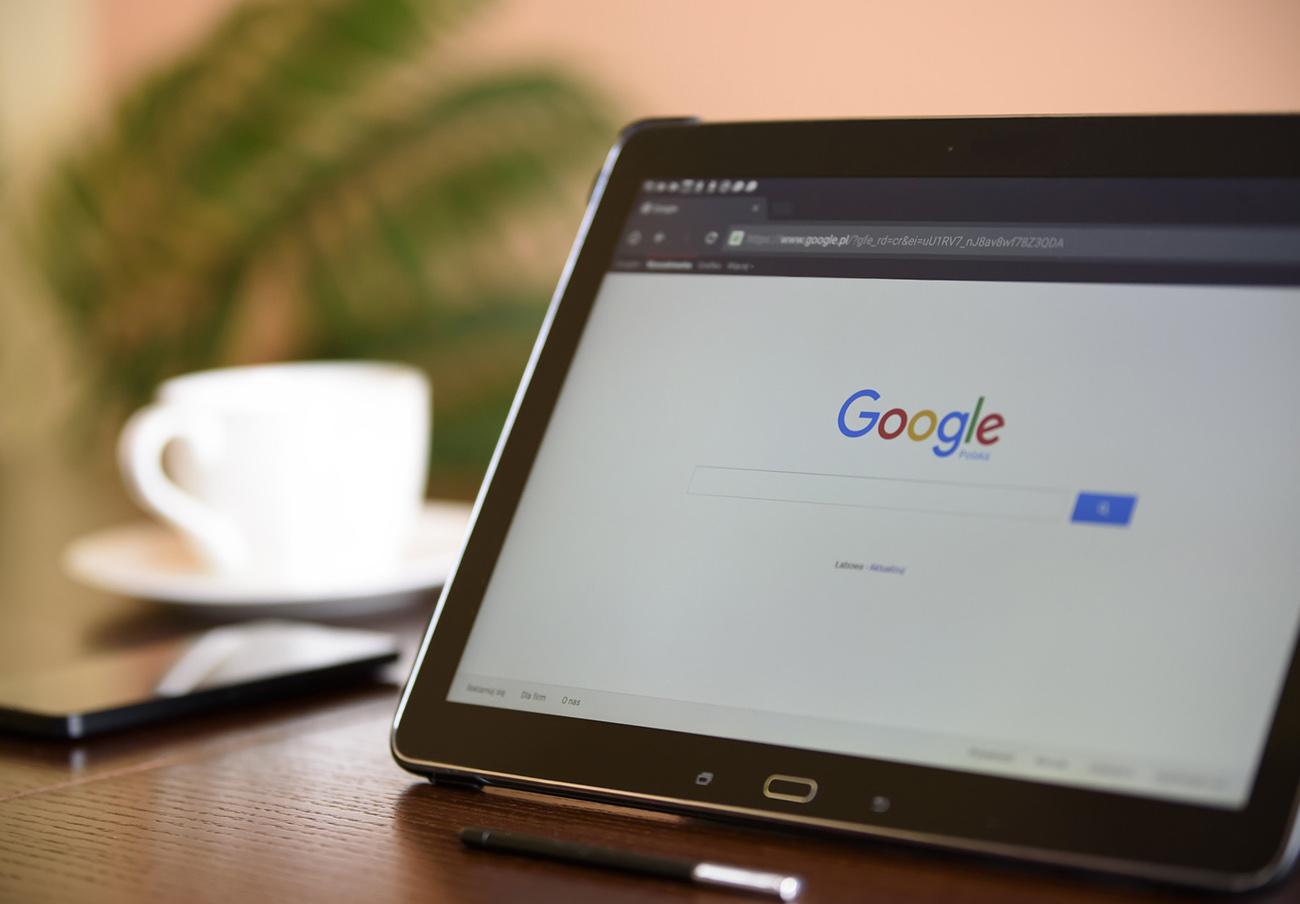 Rusia multa a Google con seis millones por preinstalar sus aplicaciones en los teléfonos