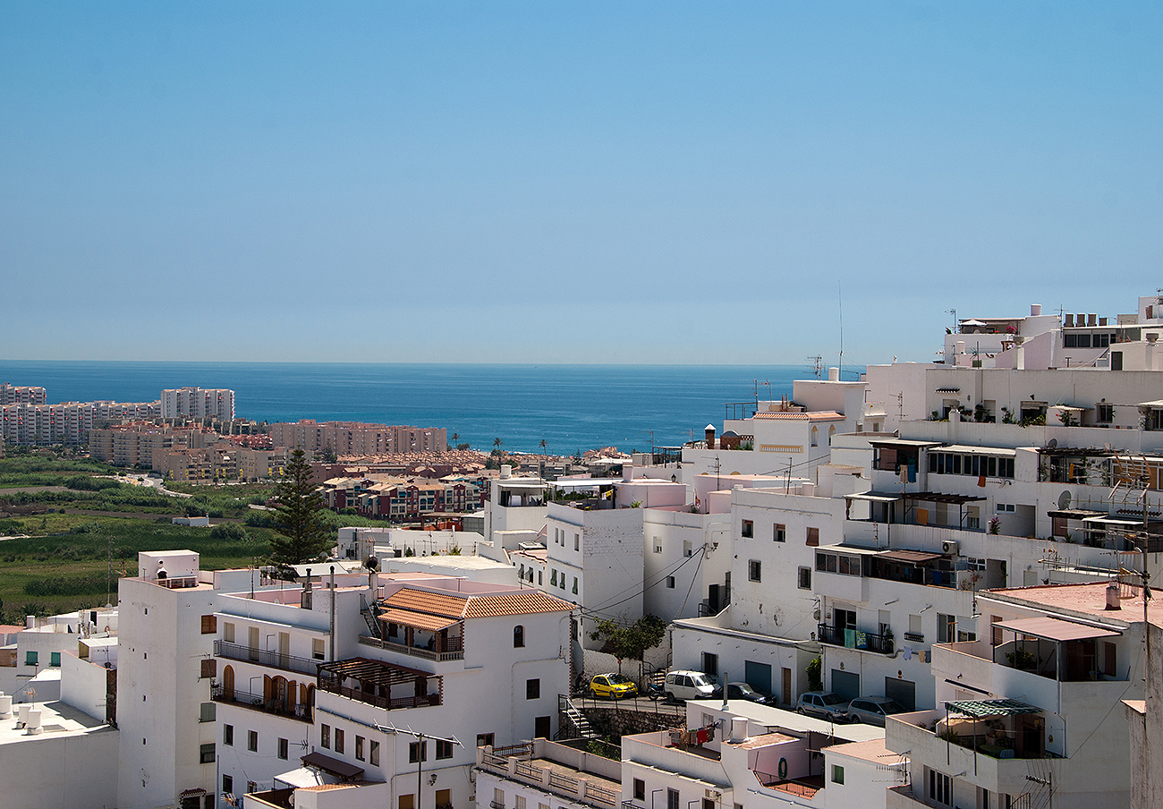 FACUA Granada aconseja reclamar a los afectados por los reiterados cortes de luz en Salobreña