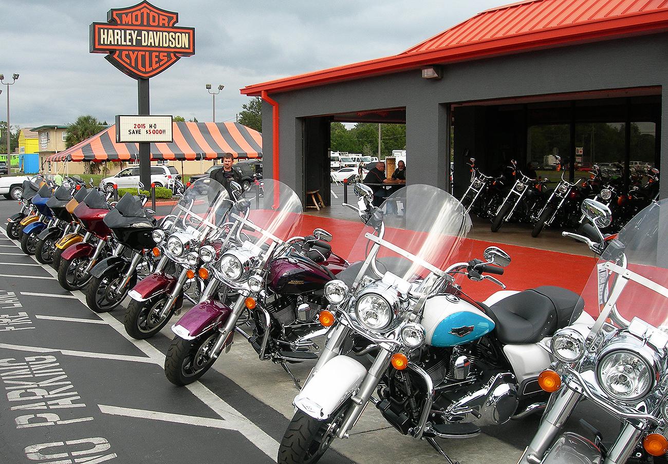 EEUU multa a Harley Davidson por instalar dispositivos en sus motos que permiten mayores emisiones