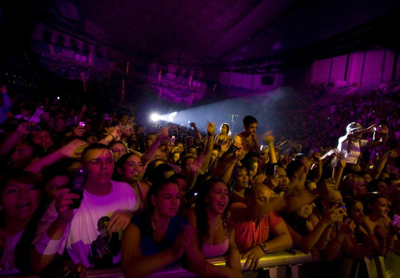 El Cabildo de Tenerife organiza conciertos a los que prohíbe entrar con comida y bebida, denuncia FACUA