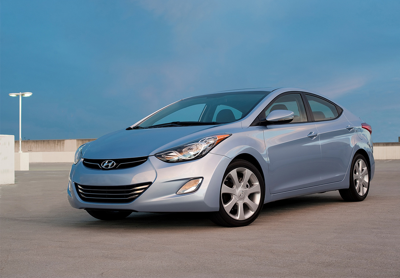 Hyundai llama a revisión a 64.500 coches de su modelo Elantra debido a un fallo en el sistema de frenado