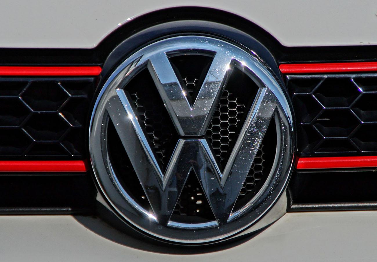 Bruselas acusa a Volkswagen de vulnerar la protecci�n europe...