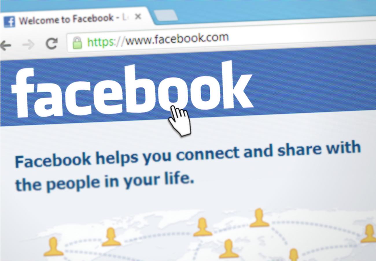 FACUA pide a la AEPD multas contundentes contra Facebook y Cambridge Analytica por la filtración de datos