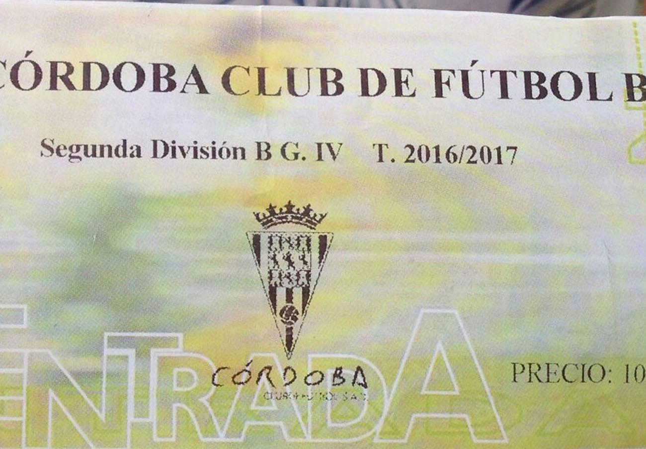 Entradas vendidas por el Córdoba sin la numeración obligatoria. | Imagen: FACUA.