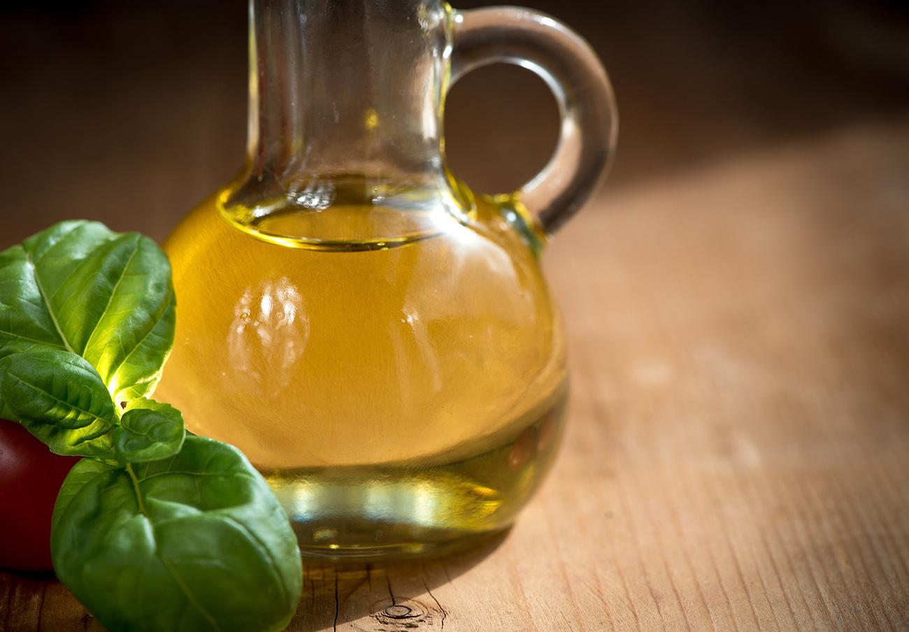 La Junta de Extremadura multa con 42.120 euros a Carrefour por vender aceite de oliva a pérdidas
