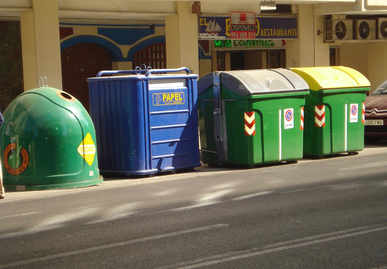 El 64,4% de los sevillanos encuestados por FACUA cree que la ciudad está sucia