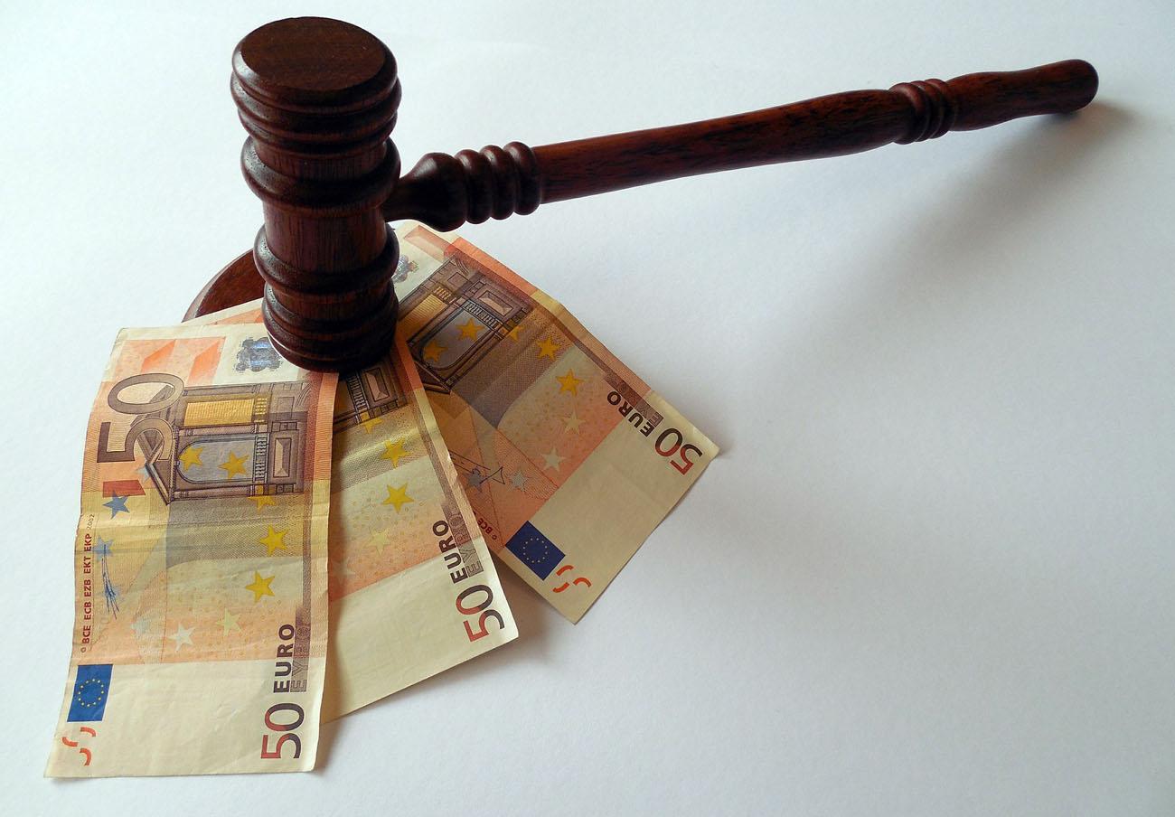 La CNMC multa con casi medio millón de euros al Colegio de Abogados de Madrid por recomendar precios