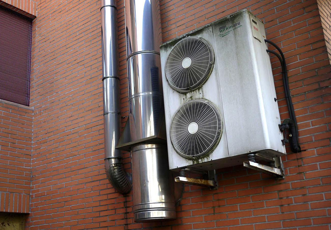 Una empresa instaladora de aire acondicionado de Madrid, sancionada con 8.000 tras la denuncia de FACUA