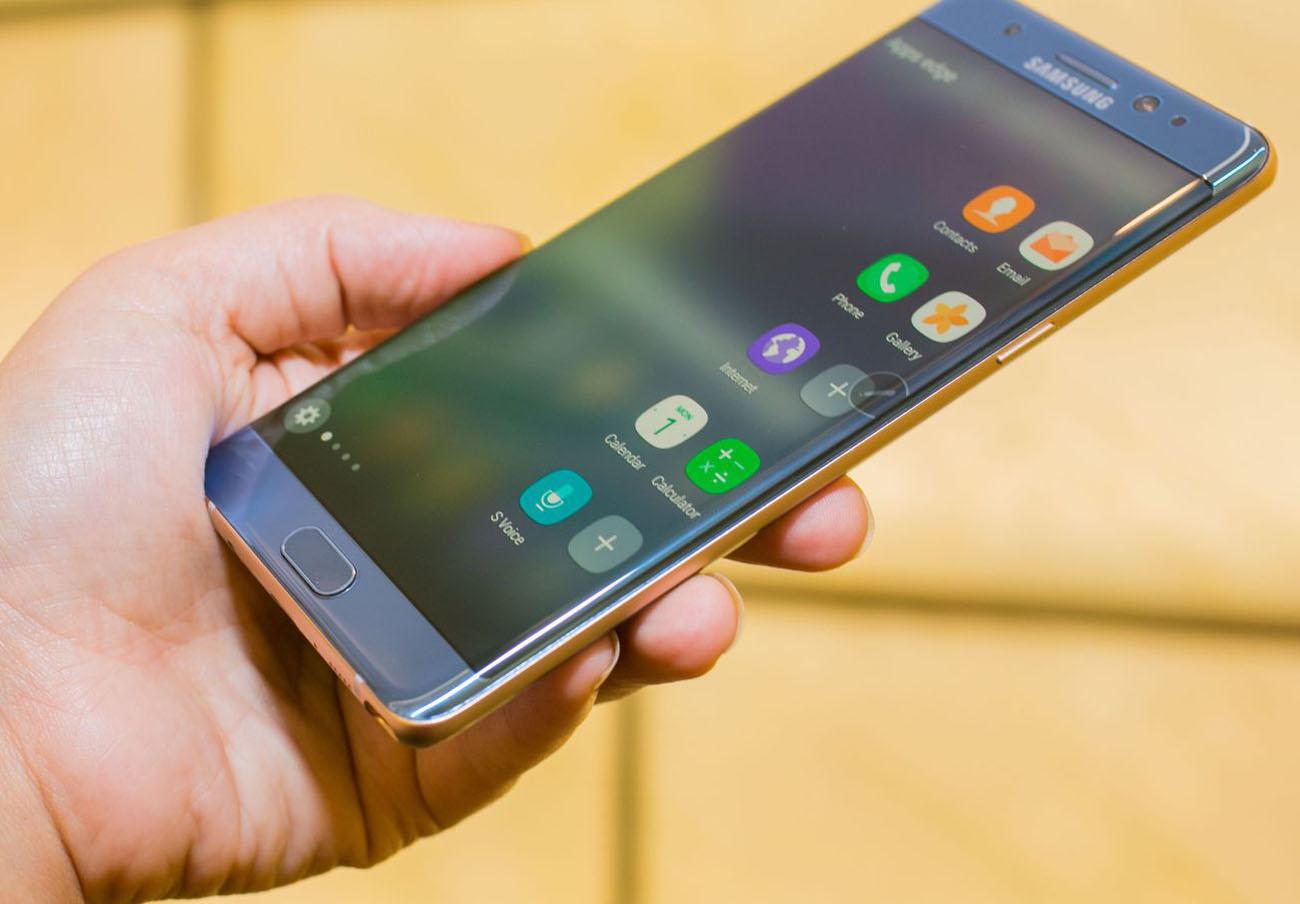 Samsung distribuye un kit ignífugo entre los propietarios del Note 7 para que devuelvan el móvil