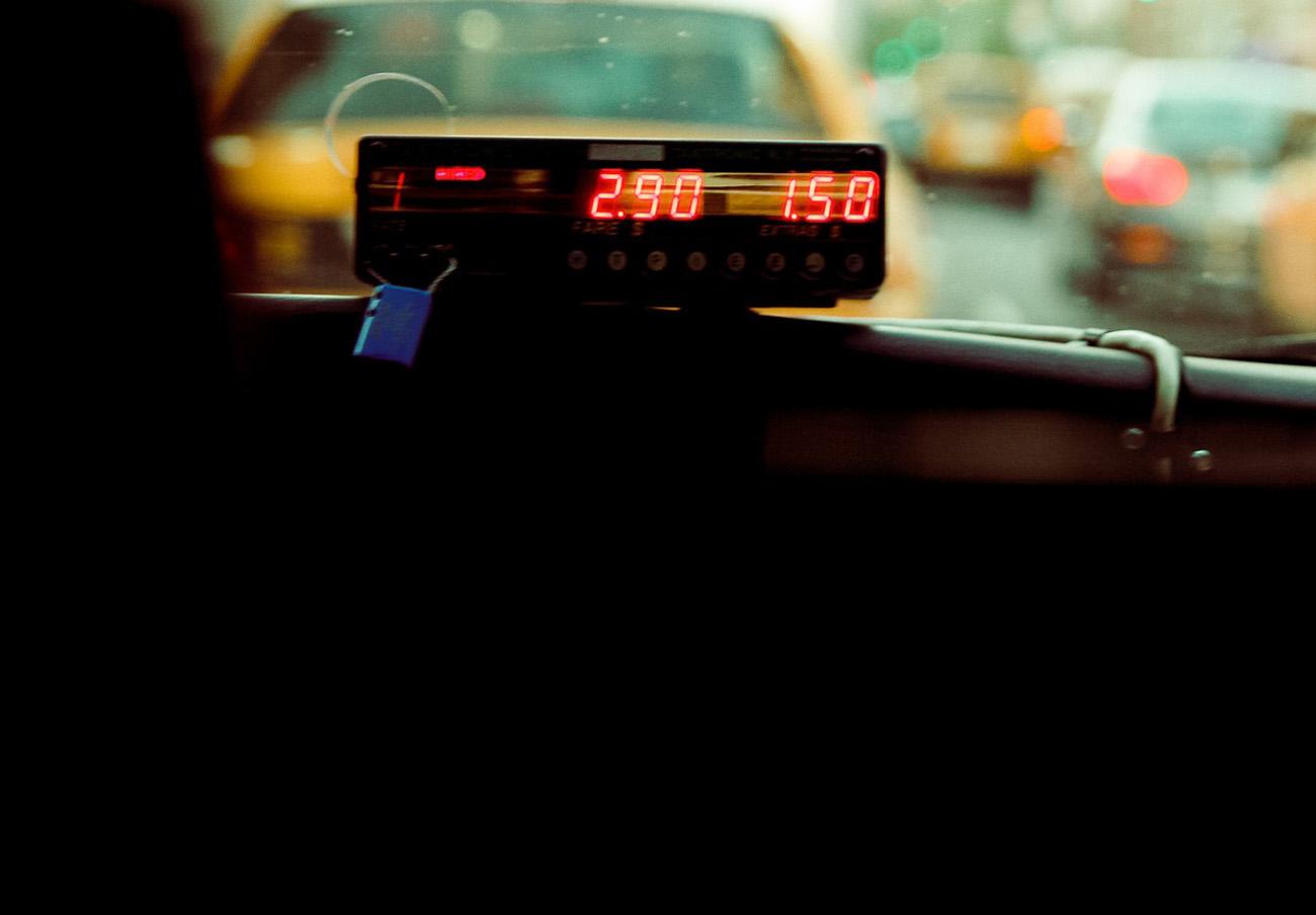 FACUA Córdoba denuncia que el ayuntamiento de la capital vulnera el Reglamento andaluz del taxi