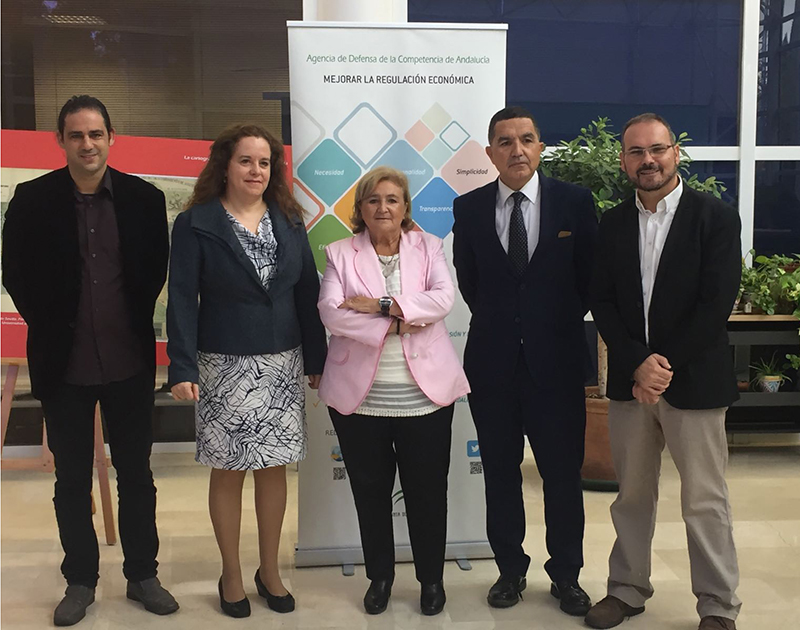 FACUA Andalucía y otras organizaciones de usuarios firman un convenio con la Agencia de la Competencia
