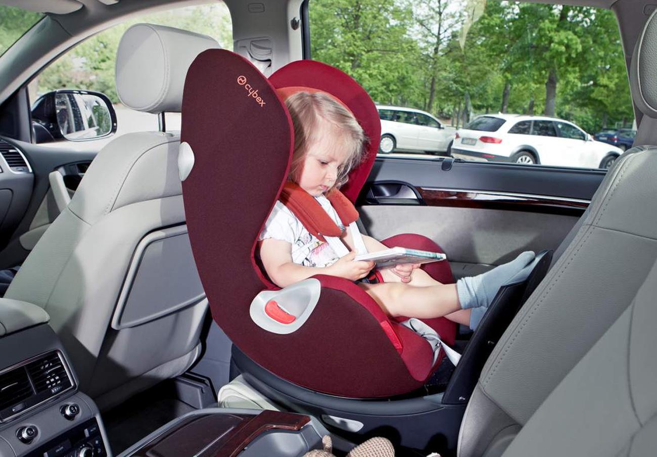 Cinco sillitas de retención infantil para coches no superan los niveles de seguridad, según el RACE