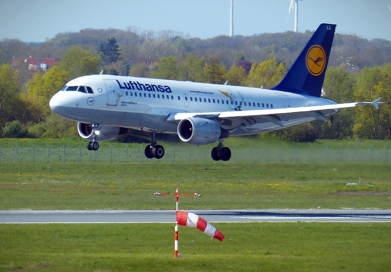 Lufthansa cancela otros 43 vuelos con origen o destino a España por la huelga de pilotos