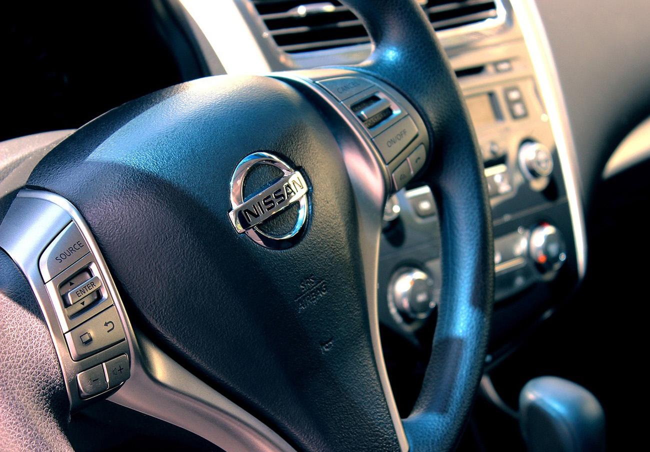 FACUA alerta de la llamada a revisión de los Nissan Navara, Patrol y X-Trail por un problema en el airbag