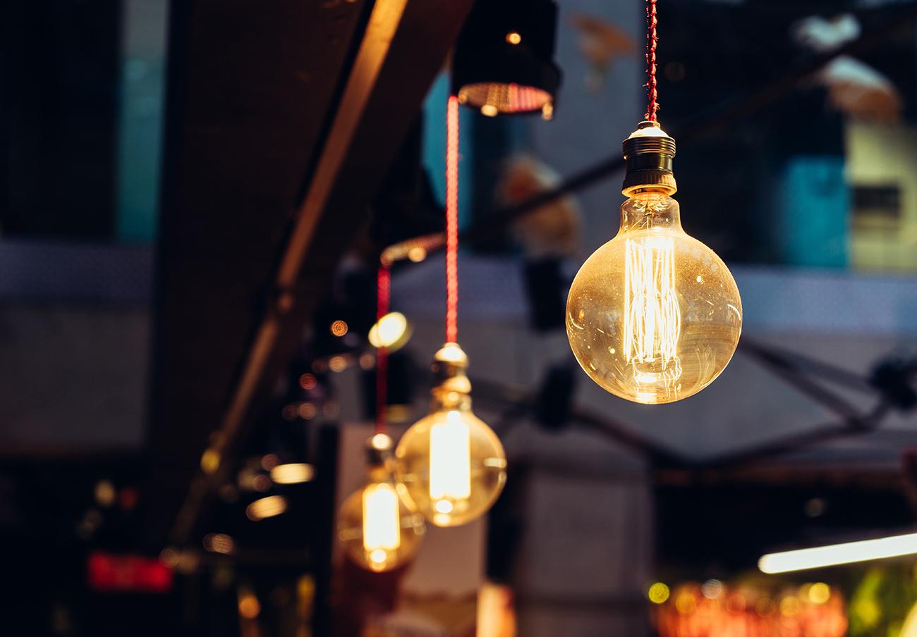 Junio finalizó con la factura de la luz más cara en lo que va de año, según el análisis de FACUA