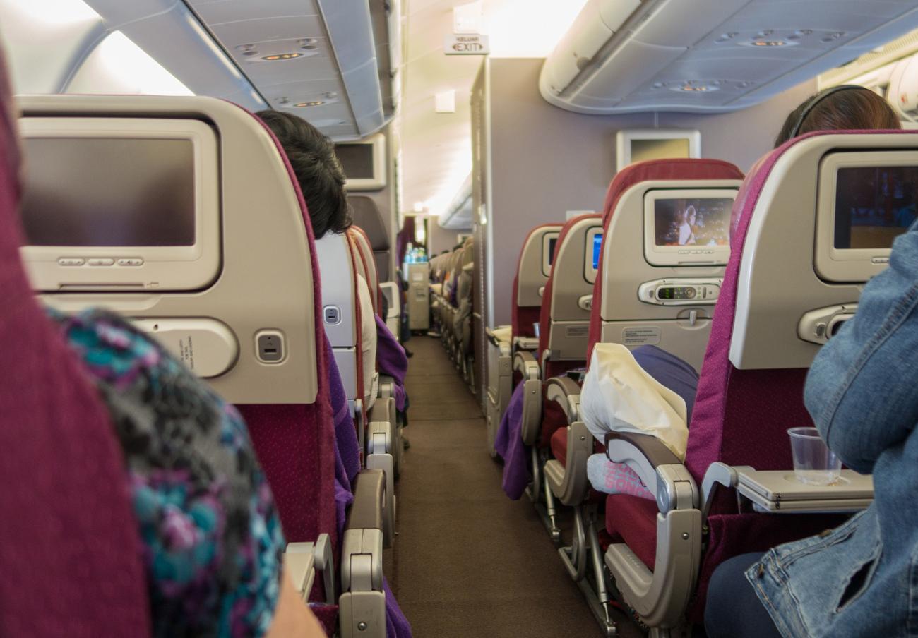 FACUA denuncia a 20 aerolíneas por usar 902 y otras líneas de alto coste para la atención al cliente