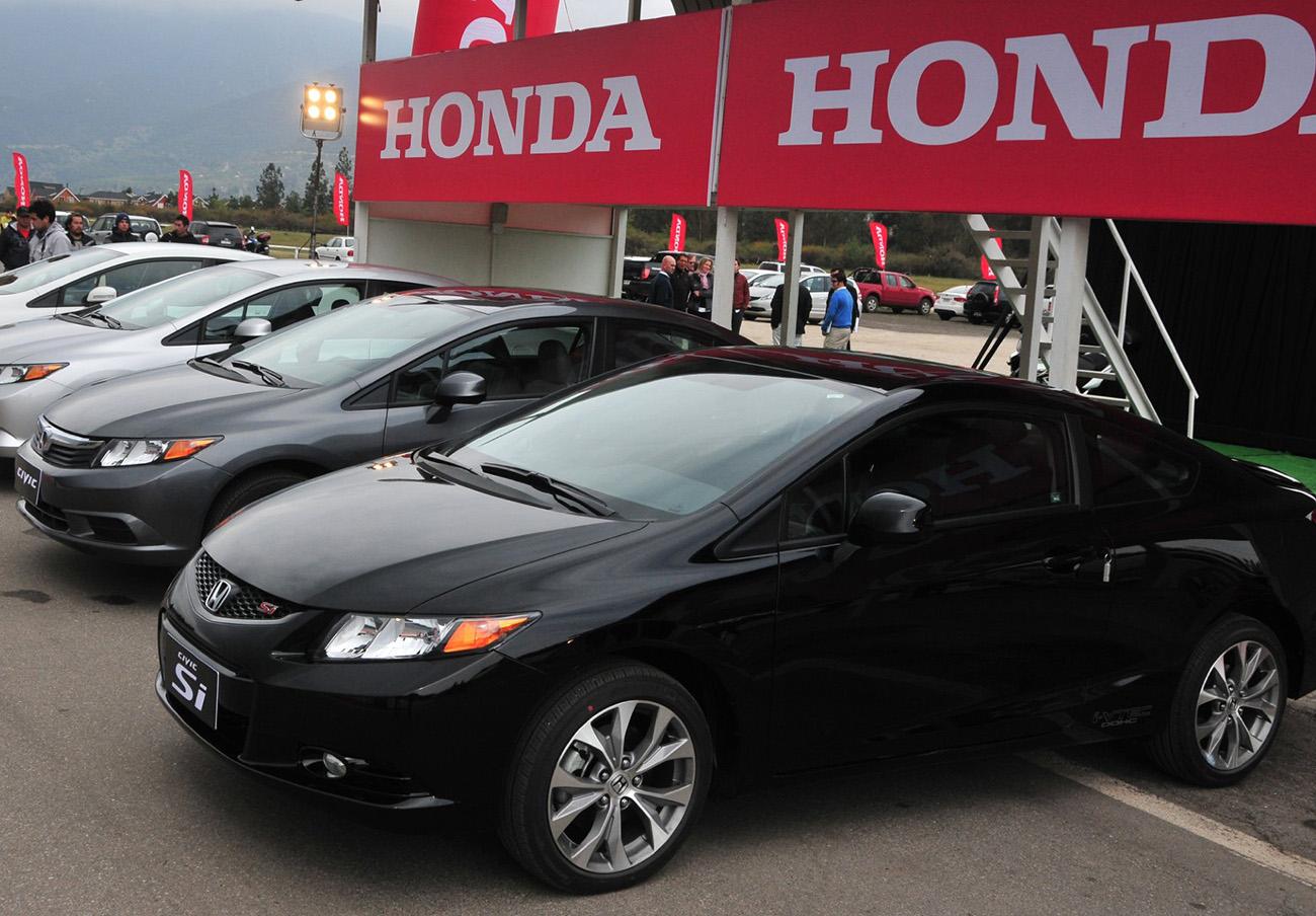 FACUA alerta de la llamada a revisión de varios vehículos Honda por problemas en sus airbags