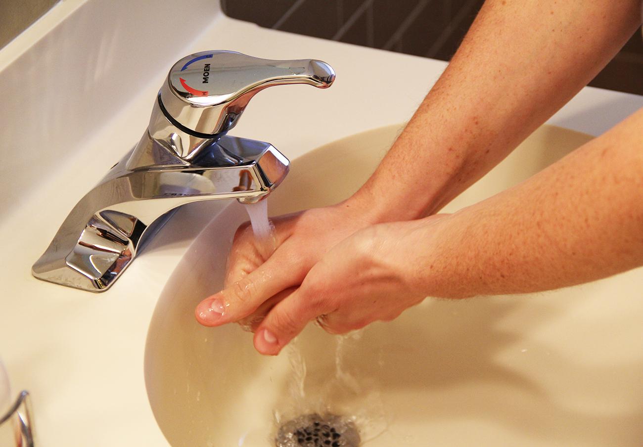 Calamonte ignora las reivindicaciones de FACUA en el Pleno sobre privatización del servicio de agua