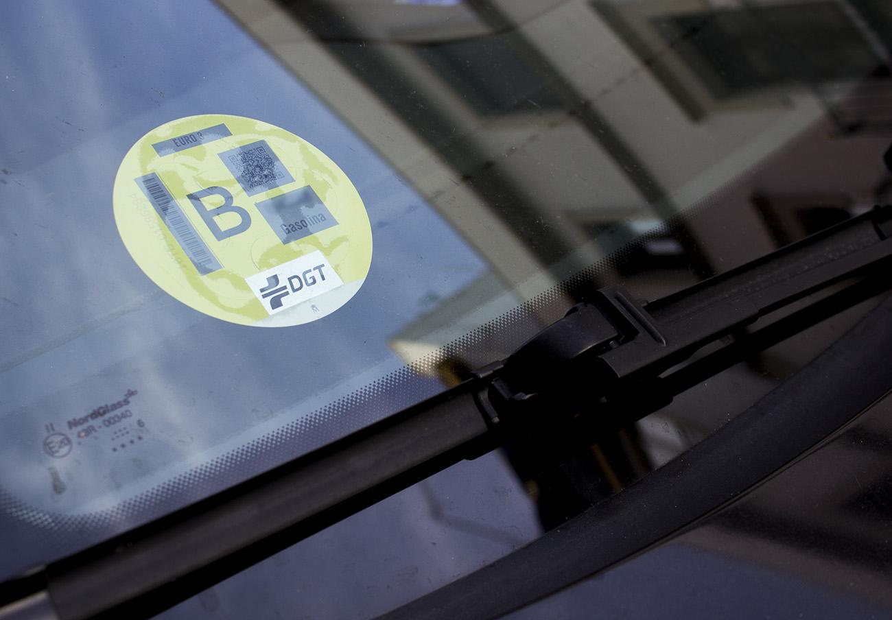 La DGT certifica la eficiencia medioambiental de los vehículos sin comprobar sus niveles de contaminación
