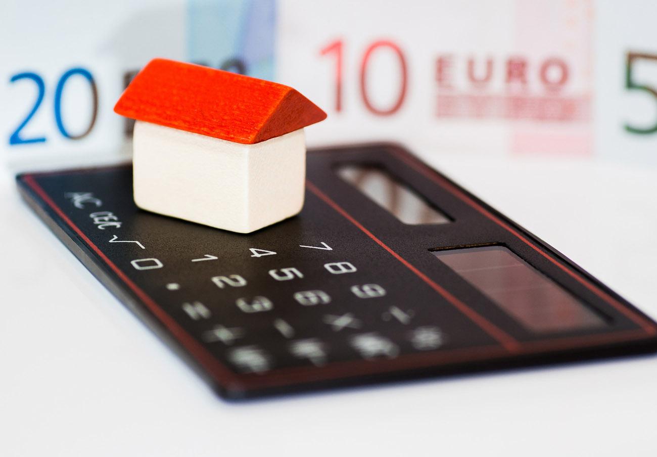 FACUA Sevilla ofrece una charla informativa sobre cláusulas suelo y gastos hipotecarios en Dos Hermanas