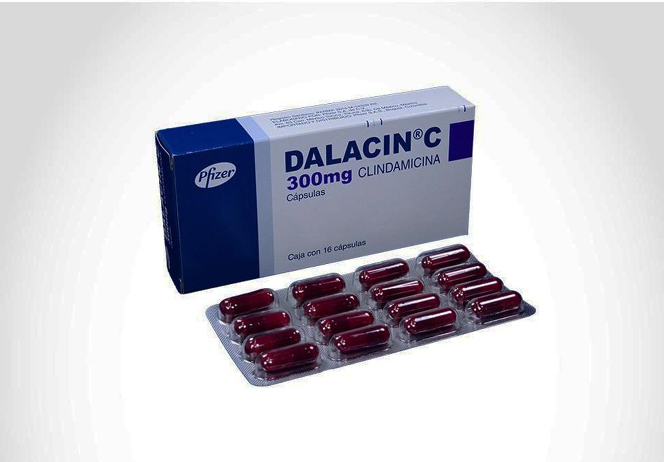 Ordenan retirar un lote del antibiótico Dalacin 300 mg por incluir elementos ajenos a la formulación