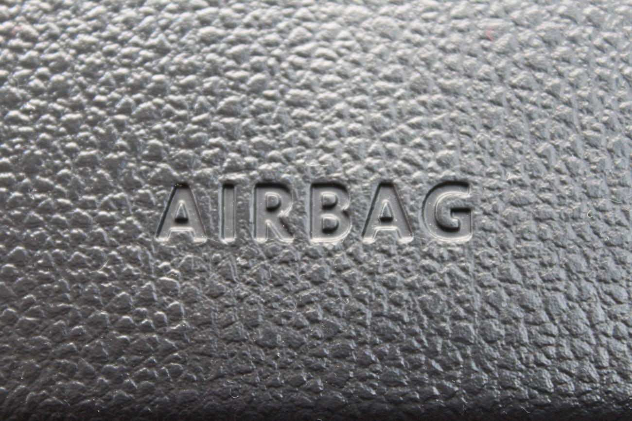 FACUA alerta de la llamada a revisión de automóviles Toyota Corolla por problemas en sus airbags