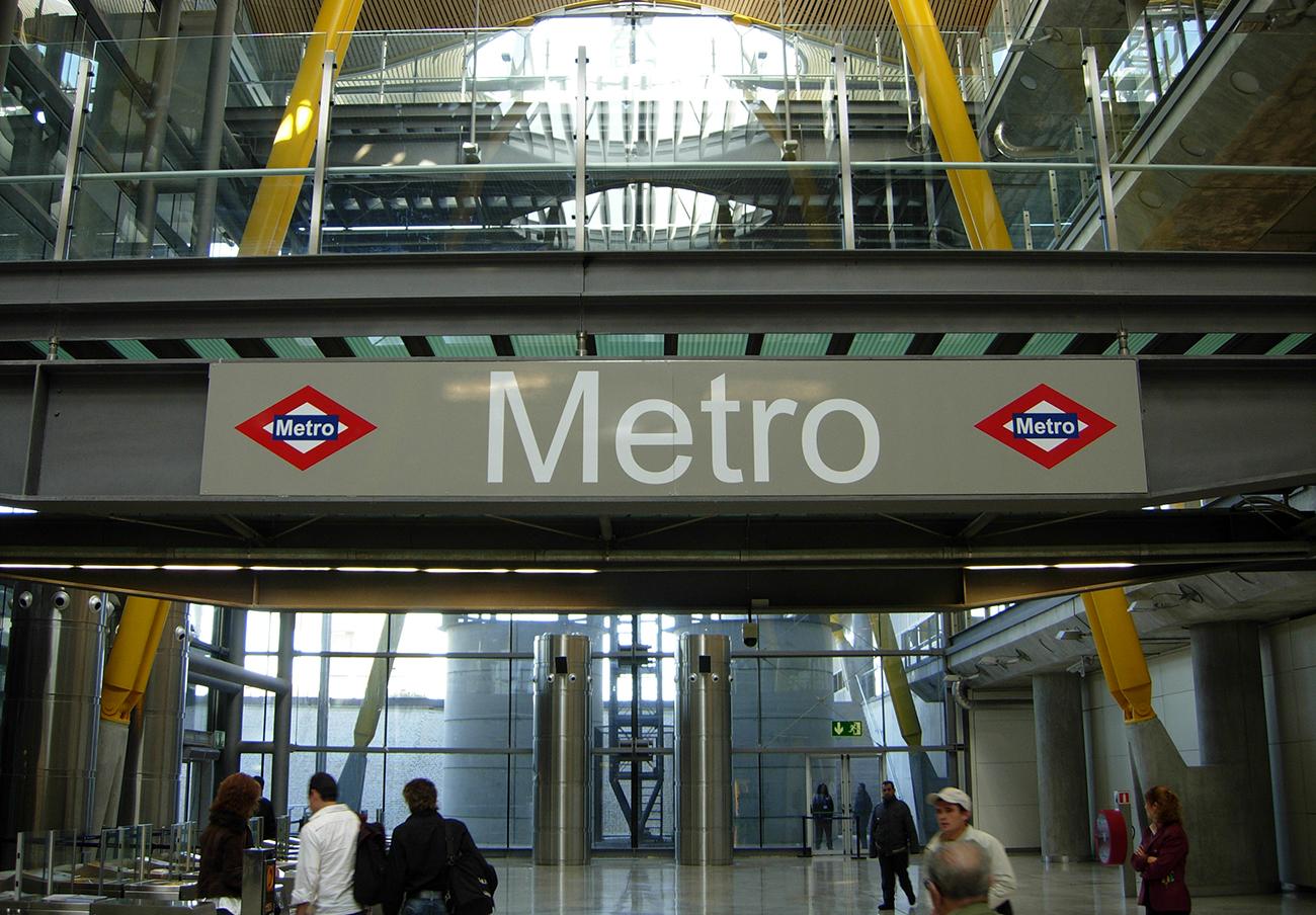 FACUA pide a la Comunidad de Madrid que amplíe el recorrido del bus alternativo a la Línea 8 del metro